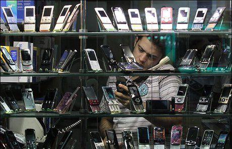 کلک جدید برای قانونی جلوه دادن گوشیهای قاچاق