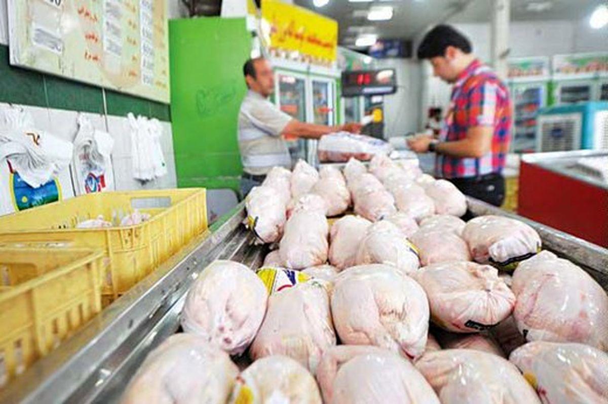 نرخ مصوب مرغ گرم ۱۰هزار تومان است