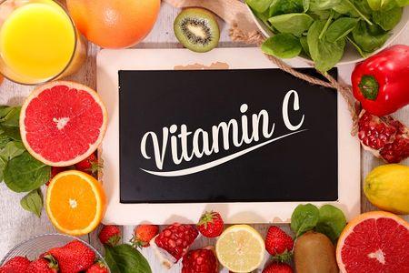 12 نشانه کمبود ویتامین C