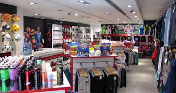 بلاتکلیفی بازار پوشاک و لوازم ورزشی