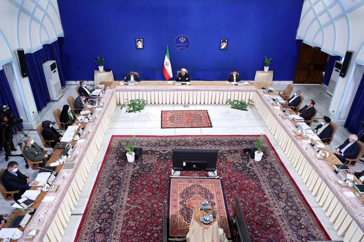 غیبت همتی در جلسه ستاد اقتصادی دولت