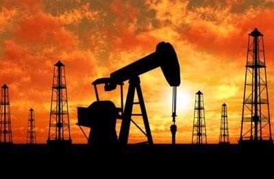 نوسان قیمت نفت پس از سه روز کاهش متوالی