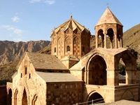 قدیمیترین عبادتگاه مسیحیان جهان در ایران +تصاویر