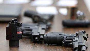 مجوز مالکیت سلاح برای افراد دارای اختلالات روانی توسط ترامپ صادر شد