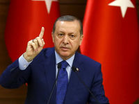 اردوغان مکرون را تحقیر کرد