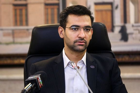 آذری جهرمی: دولت مسئولیتی در توسعه پیامرسانها ندارد