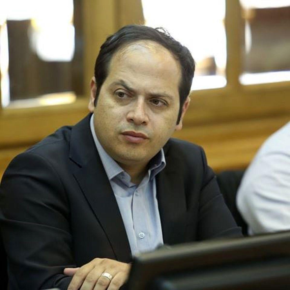 واکنش عضو شورای شهر به آب مفت در تهران؛ باید گران شود