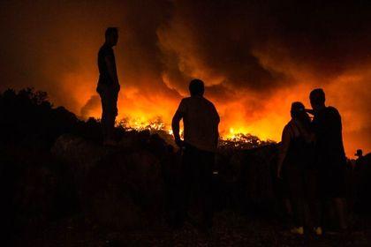آتشی که ۱۴۵۰ آتشنشان نتوانستند خاموشش کنند +تصاویر