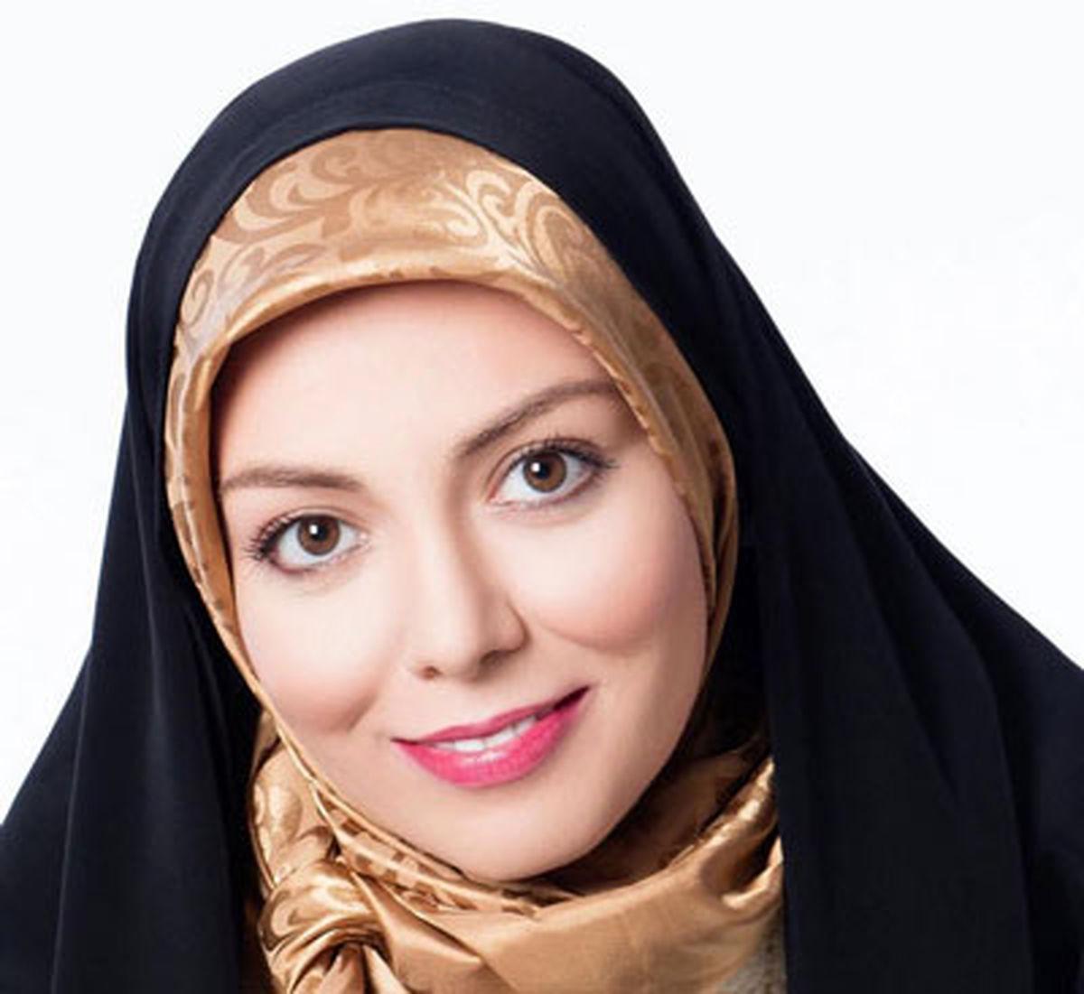 عکس دیده نشده از آزاده نامداری و خواهرش