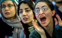 تماشای دیدار ایران و ژاپن در پردیس چهارسو +تصاویر