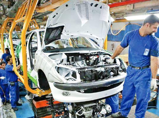 در آذر ماه، تولید خودرو ۷۱درصد کاهش یافت