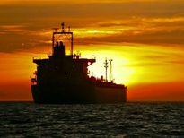 مین دریایی بر بدنه نفتکش عراقی
