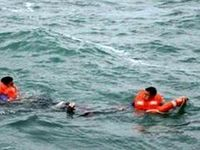 نجات سه گردشگر از مرگ حتمی در دریای بندر ریگ