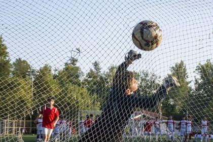 تمرین فوتبال کودکان +تصاویر