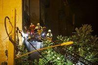 تصاویر جدید از آتشسوزی کلینیک شمال تهران با 19کشته