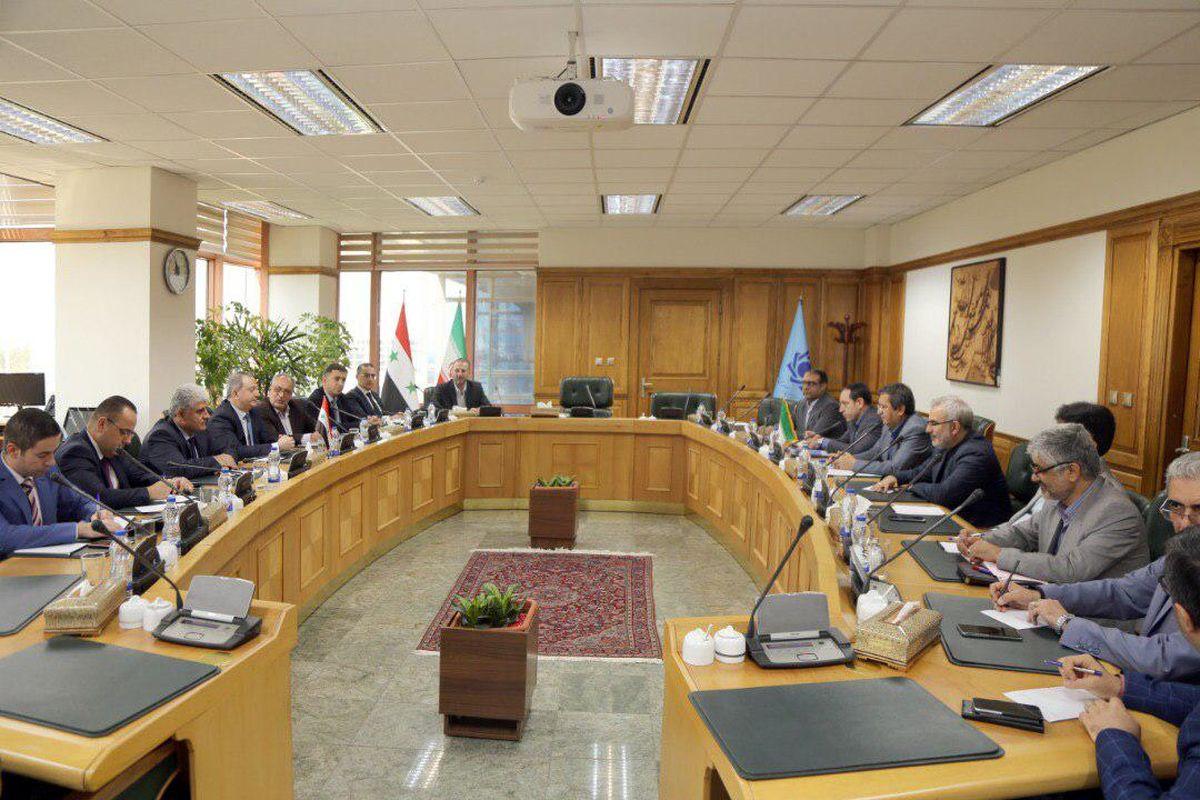 گسترش روابط بانکی ایران و سوریه، موجب تسهیل فعالیت تجار و فعالان اقتصادی خواهد شد