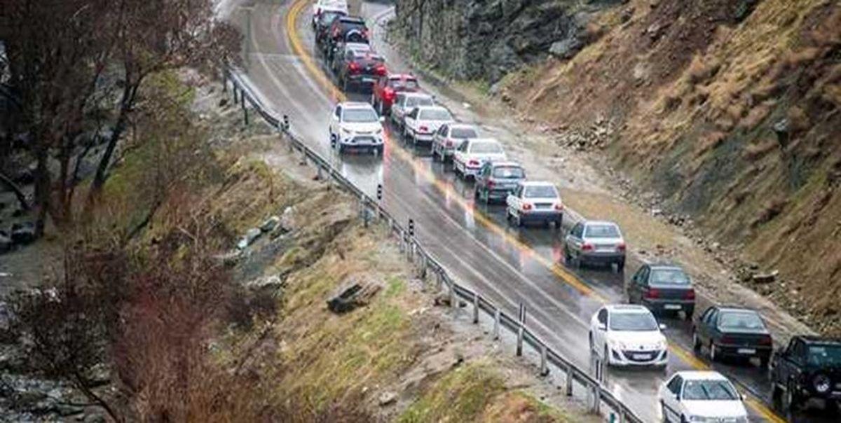 تردد وسایل نقلیه از کرج به چالوس یک طرفه شد