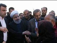 روحانی در جمع مردم روستای سیلزده کردخیل +عکس