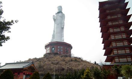 بزرگترین مجسمههای دنیا به روایت تصویر