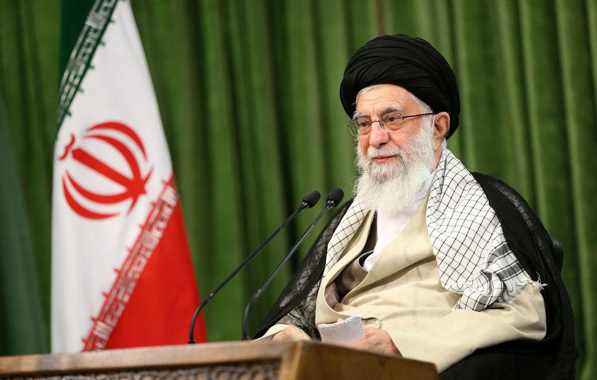 رهبر انقلاب: تمام مشکلات موجود قابل حل است/ مردم مخالف تشنج میان قوا هستند