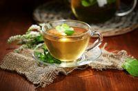 مصرف دمنوش دارچین و آویشن برای پیشگیری از سرماخوردگی