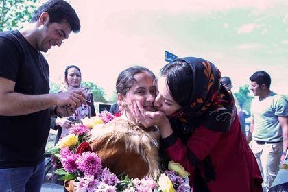 بازگشت «باران شیخی» به آغوش خانواده +تصاویر