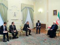 ایران از حق خود برای صادرات نفت نمیگذرد/ اکنون توپ در زمین اروپا است