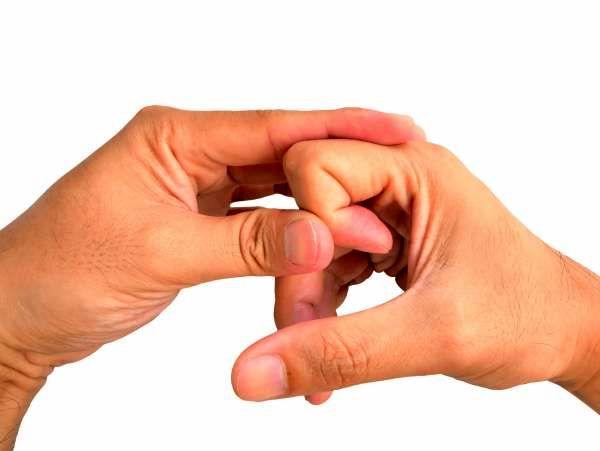 شکستن قولنج انگشتان