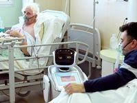 روبات کمک کادر درمانی داخل بیمارستانی در ایتالیا +عکس