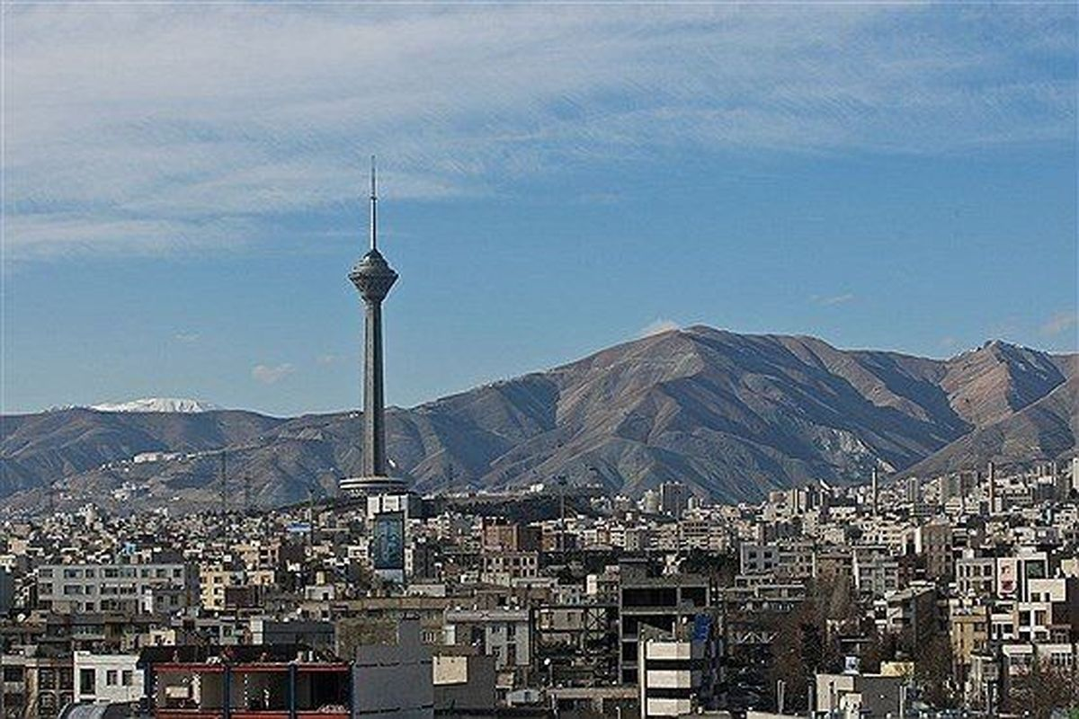 کیفیت هوا تهران در شرایط سالم است