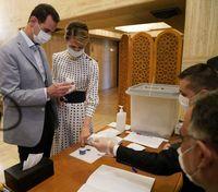 بشار اسد و همسرش پای صندوق رای +عکس