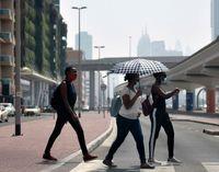 راهکار مردم دبی برای فرار از گرما +عکس