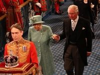 ملکه، پارلمان بریتانیا را با اعلام برنامه دولت جدید، افتتاح کرد