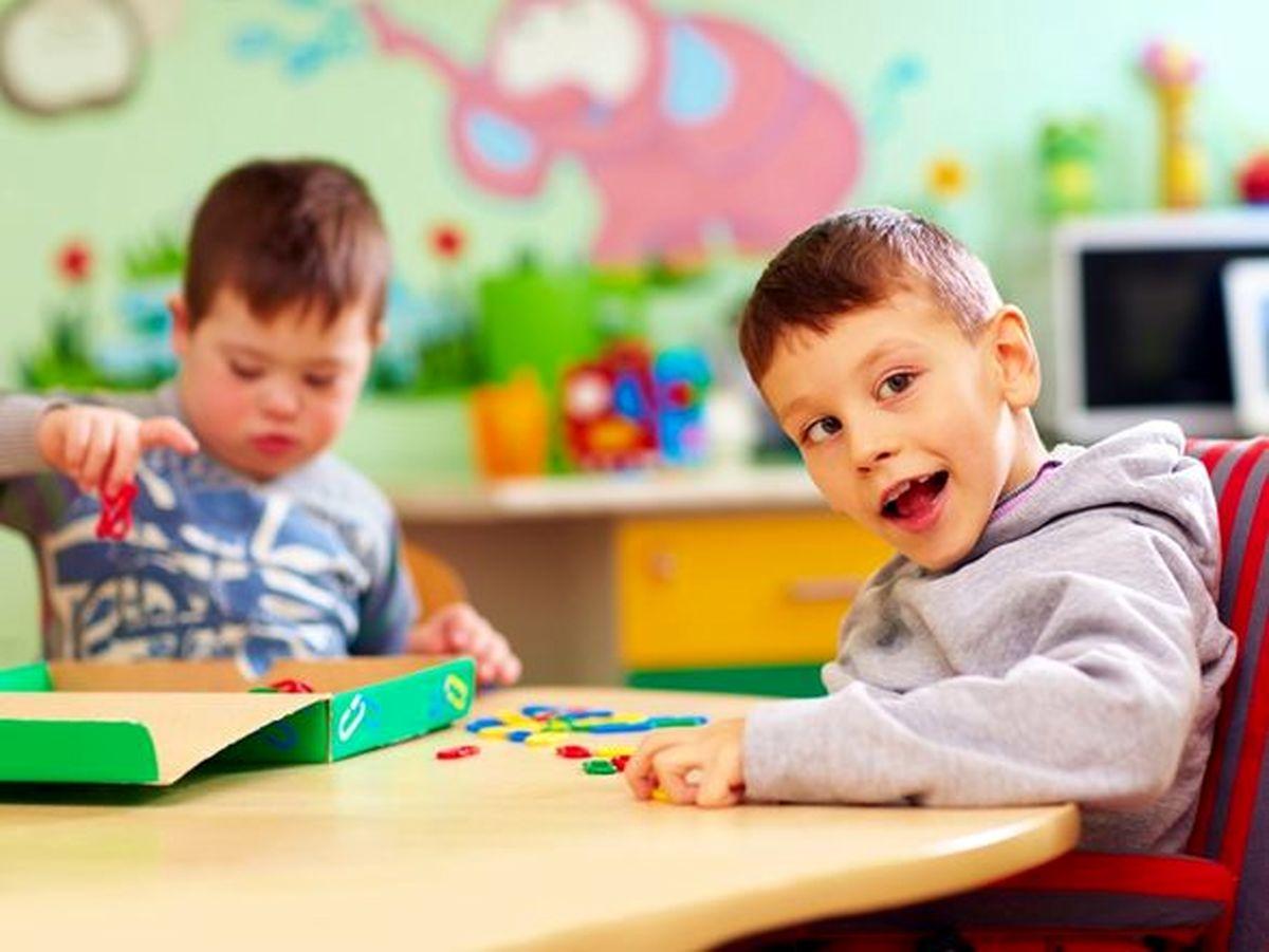 خانوادههای دارای فرزند مبتلا به اتیسم از داشتن بیمهنامه عمر محروم میشوند