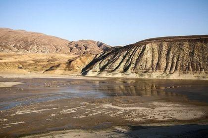 تصاویر ترسناک از کاهش ذخایر آبی یکی از سدهای کشور