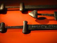 کشف شمشیر 1 هزارساله وایکینگها در حاشیه دریاچه سوئد
