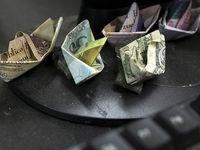 با اخلال گران بازار برخورد میشود
