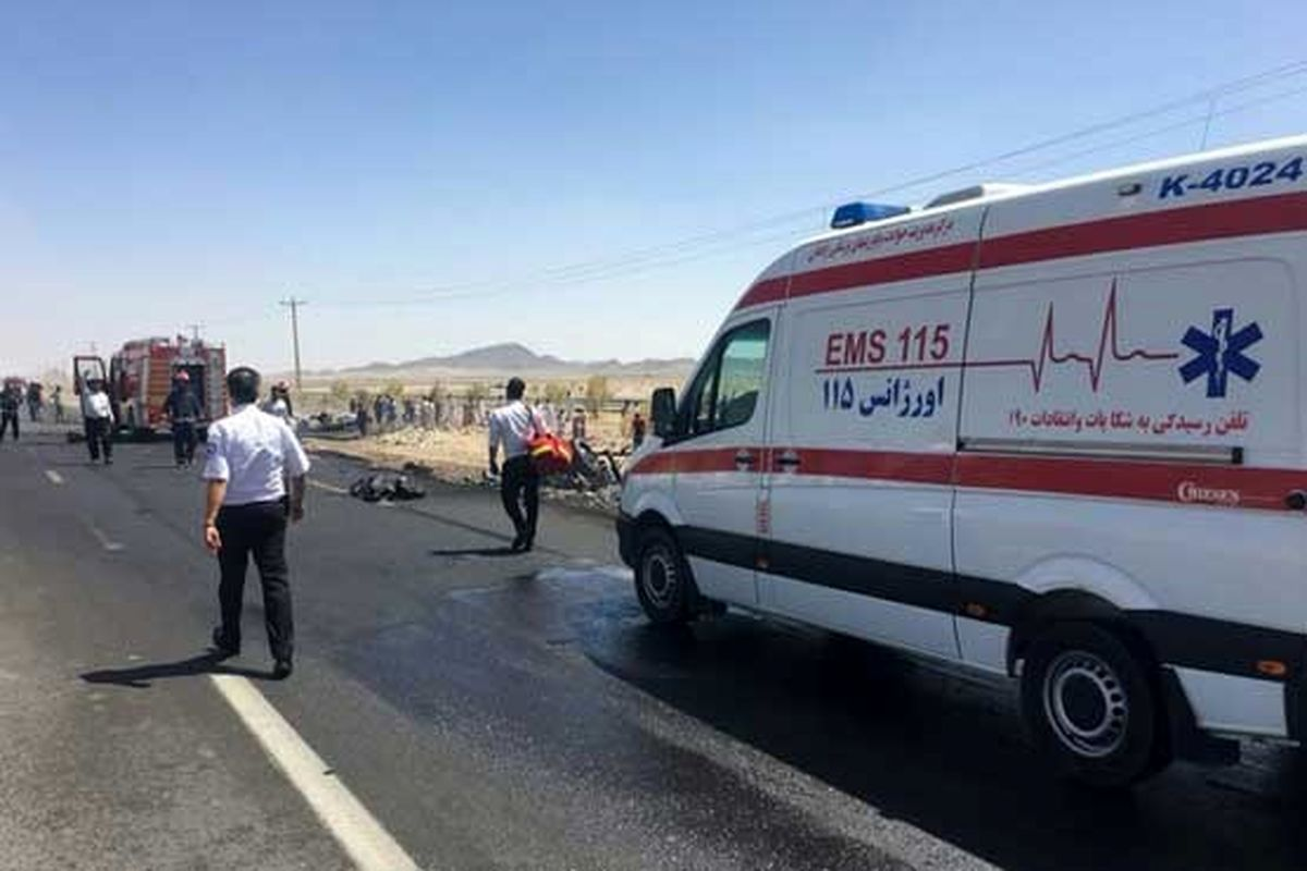 برخورد مرگبار کامیون با مامور انتظامی +عکس
