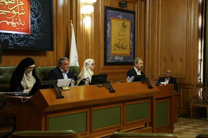 ادای سوگند شهردار تهران در جلسه شورای شهر +تصاویر