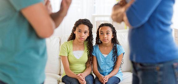 اشتباه ترین رفتارهای والدین پس از طلاق