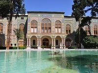 مشخص نبودن حریم آثار تاریخی تهران/ بازار تجریش را باید میان برجها پیدا کرد!