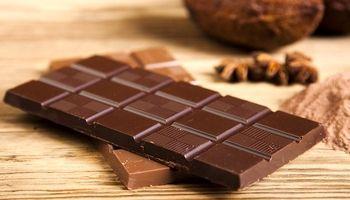با شکلات شیرین قهر و با شکلات تلخ اشتی کنید!