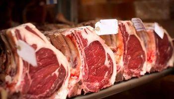 ترخیص گوشت از گمرک با دلار ۹۰۰۰تومانی
