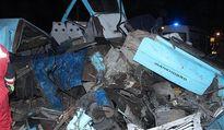 ۲کشته و ۹مجروح در تصادف مینیبوس با کامیون +عکس