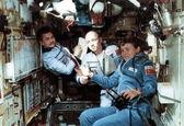دومین زن فضانورد جهان +تصاویر