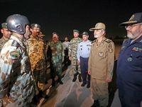 حضور سرزده فرمانده ارتش در جمع چتربازان تیپ55 +عکس