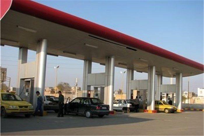 اعلام هر قیمت جدید برای بنزین کذب محض است