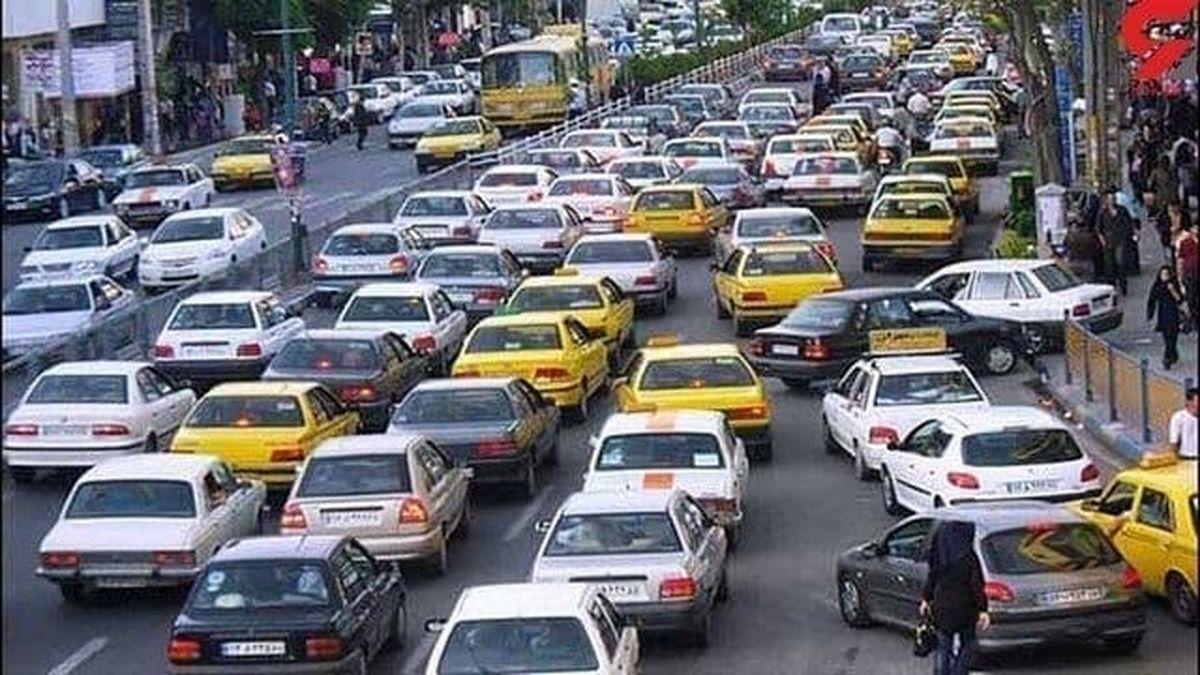افزایش ۵۰درصدی تردد خودروها پس از تعیین ساعت تعطیلی صنوف