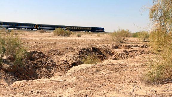 جاری بودن آب زایندهرود برای جلوگیری از فرونشست زمین اجتنابناپذیر است