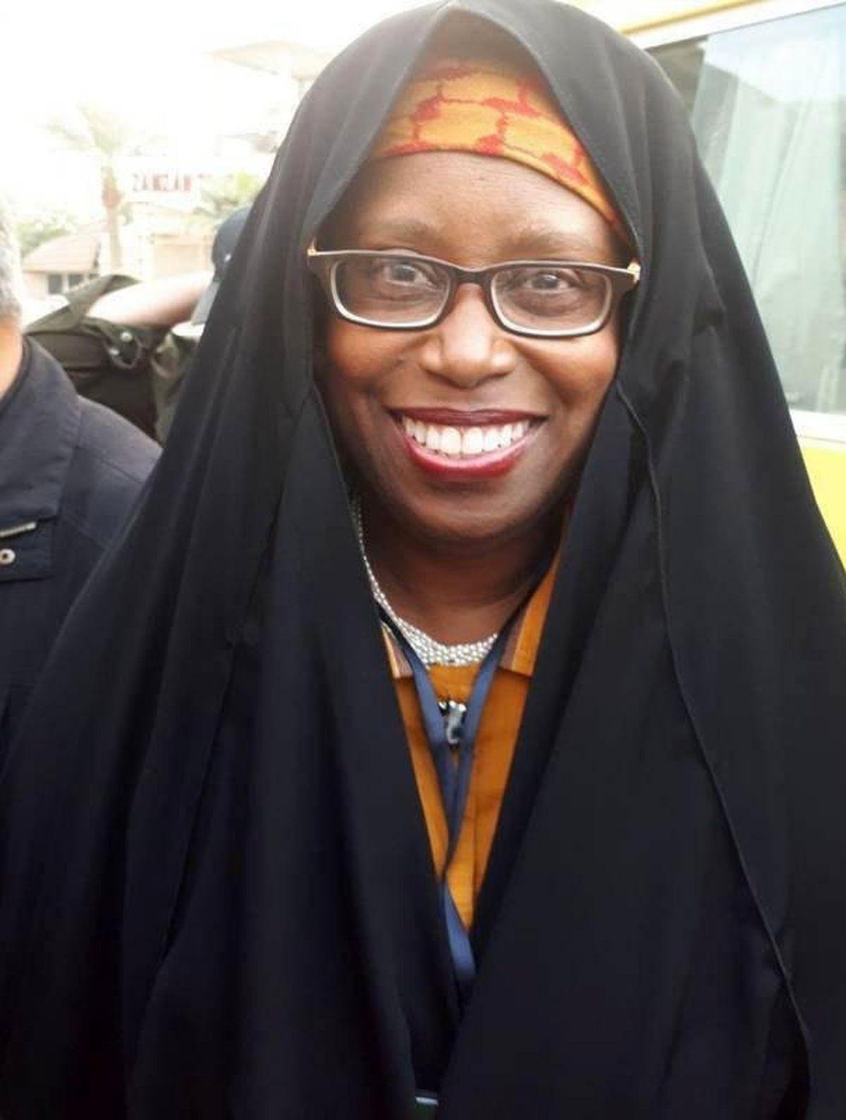نماینده زن کنگره آمریکا درپیادهروی اربعین +عکس